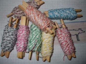 40 MTS BAKERS TWINE  8 x 5mt lengths Assorted colours